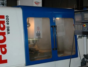 photo machine vmc manufacturing 300x227